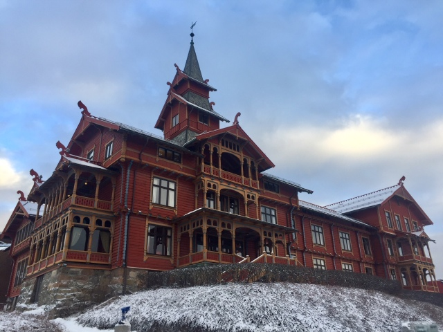 Eventyrslottet på Holmenkollen (Foto - Audun Farbrot)